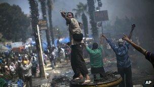 Protest at Rabaa al-Adawiya, 14 August