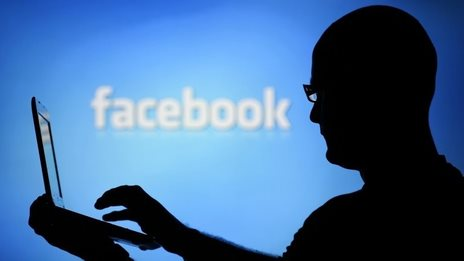 Facebook use 'undermines well-being'