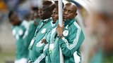 Nigeria coach Stephen Keshi (right)