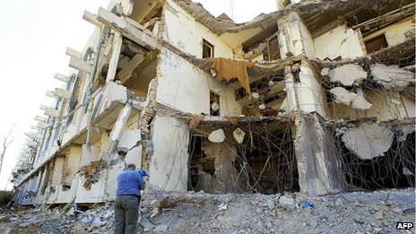 Ruins of bombed Canal Hotel in Baghdad, 30 Aug 03