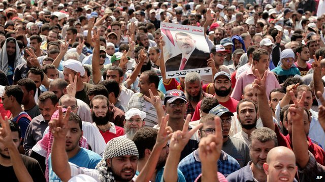 Supporters of Mohammed Morsi march on Cairo's streets