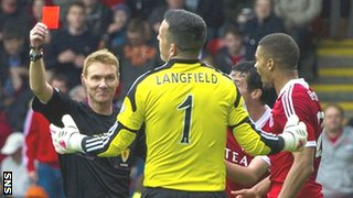 Referee Calum Murray sends off Jamie Langfield