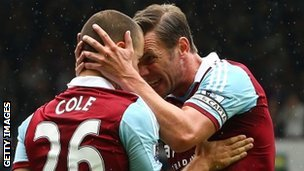 Joe Cole (left) and Kevin Nolan