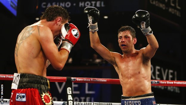 Darren Barker (right) in action against Daniel Geale
