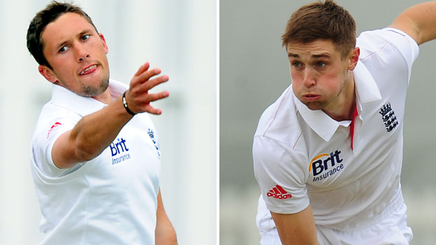 Simon Kerrigan (left) and Chris Woakes