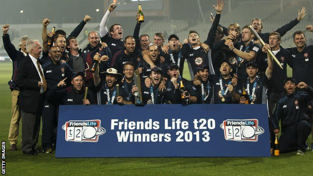 Northants celebrate FLt20 win