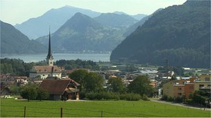 Swiss village Alpnach creates forbidden zones for asylum seekers