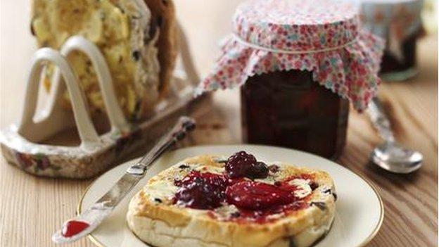Summer berry jam