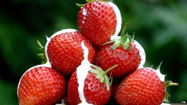 Strawberries with cream on