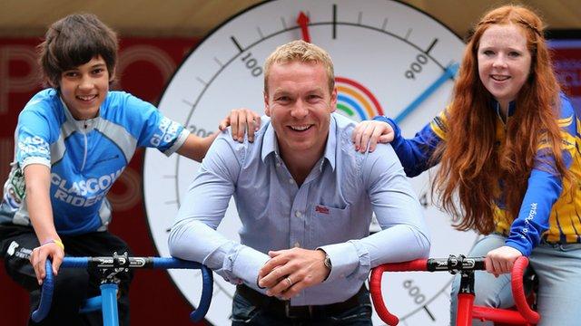 Sir Chris Hoy with children