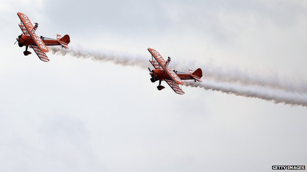 Cousins Rose Powell and Flame Brewer become the youngest formation wing-walkers