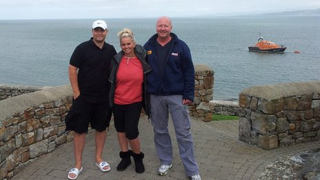 (l-r) Robbie Tickle, Jennifer Ellison, RNLI's Anthony Barclay