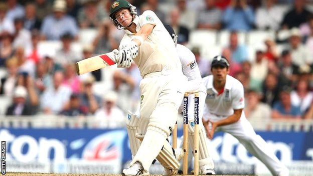 Steve Smith hits a sixth to reach his maiden Test century