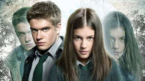 Bobby Lockwood and Aimee Kelly as Rhydian and Maddy