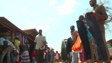 Hawkers at Lilongwe flea market