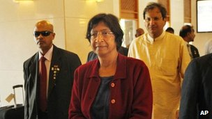 UN Human Rights Commissioner Navi Pillay arrives at a hotel in Colombo, Sri Lanka on 25 August 2013
