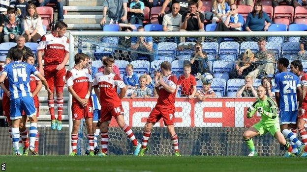 Jordi Gomez scores for Wigan