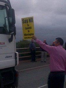Arpley tip protester