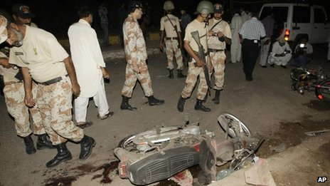 Scene of a roadside bombing against the security forces in Karachi (August 2013)