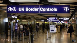 http://news.bbcimg.co.uk/media/images/69536000/jpg/_69536000_border_empty_pa.jpg