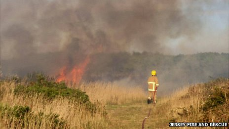 Fire on Les Landes Common, picture courtesy Jersey Fire and Rescue Service