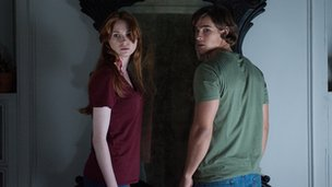 Karen Gillan and Brenton Thwaites in Oculus