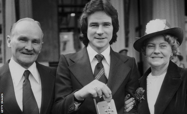 Sheene with parents Frank and Iris