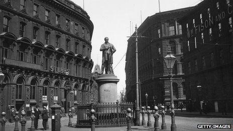 Statue of Robert Peel in Bradford