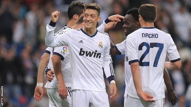Leviticus Sports: Transfer deadline day: Ozil's move to