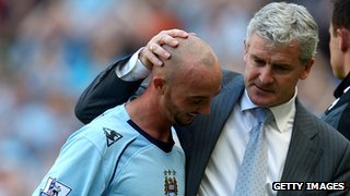 Stephen Ireland with Mark Hughes [right]