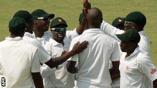 Zimbabwe celebrate a wicket