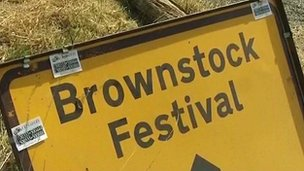Brownstock festival sign
