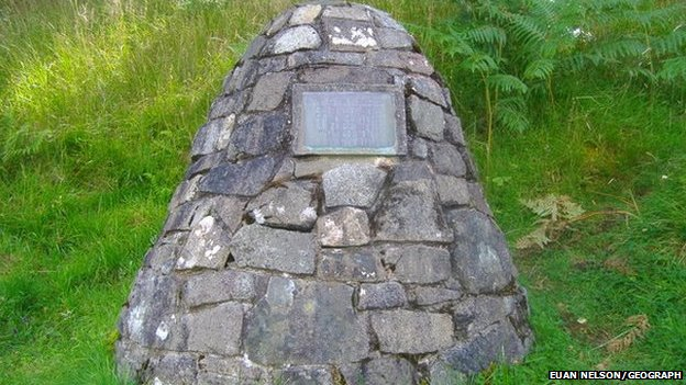 Appin murder cairn. (c) Euan Nelson/Geograph