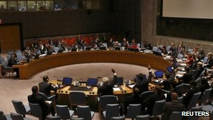 Delegates vote on a resolution in the United Nations Security Council at the United Nations Headquarters in New York, 29 August, 2013.