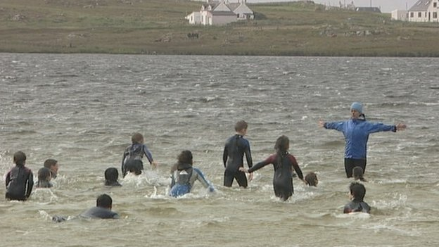 Swimming lessons on Loch Bhasapol