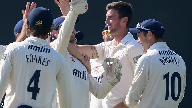 Essex players celebrate Reece Topley's 11-wicket haul
