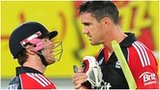 Eoin Morgan (left) and Kevin Pietersen