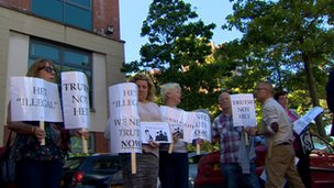Protestors criticised the HET at the Policing Board's meeting