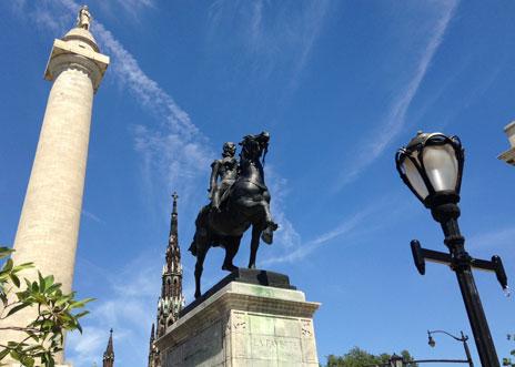 Statues of Lafayette and Washington
