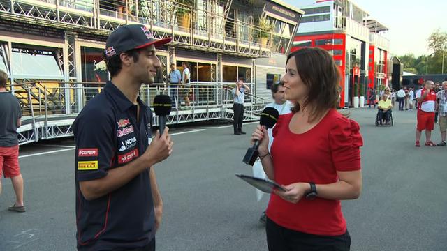 Daniel Ricciardo and Lee McKenzie (L-R)