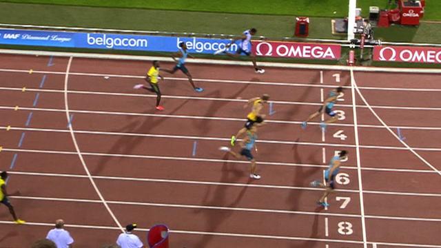 Martyn Rooney wins 400m
