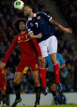 Marouane Fellaini and Charlie Mulgrew