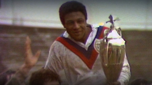 Clive Sullivan lifts Rugby League World Cup in 1972