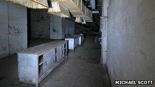 Underground kitchen