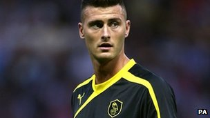 Gary Madine playing for Sheffield Wednesday in a pre-season friendly