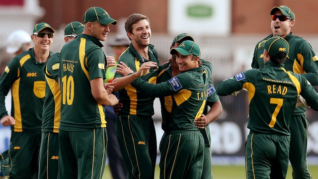 Nottinghamshire players celebrate another wicket against Somerset
