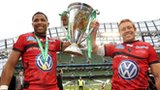 Toulon's Delon Armitage and Jonny Wilkinson with the Heineken Cup