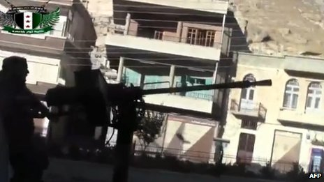 Online video showing rebel fighter in Maaloula (4 September 2013)