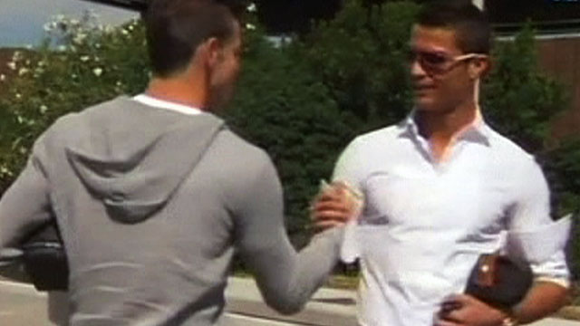 Gareth Bale meets Cristiano Ronaldo