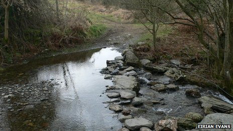Stepping Stones and Ford across Nant Cwrddu, west of Pen y Pigyn